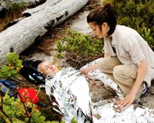 caring for hiking accident victim